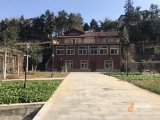 江宁街道南山湖330平